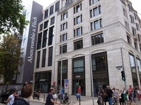 Der erste Abercrombi & Fitch in Deutschland eröffnet bald in Düsseldorf auf der Kö!